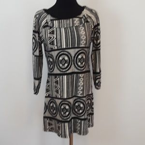 Aryeh sweater min dress size small